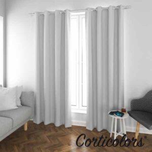 Foto de cortina tradicional para comedor en color gris